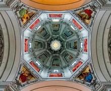 1-sascre_baroque_de_salzbourg_-_coupole_de_la_cathedrale_de_slazbourg_c_dr_