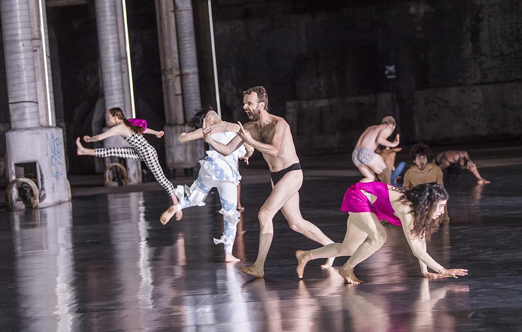Archivé: Musée de la danse – 10000 gestes, de Boris Charmatz (création)