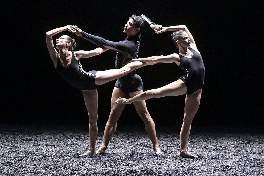 Archivé: VOYAGE D'HIVER – BALLET PRELJOCAJ